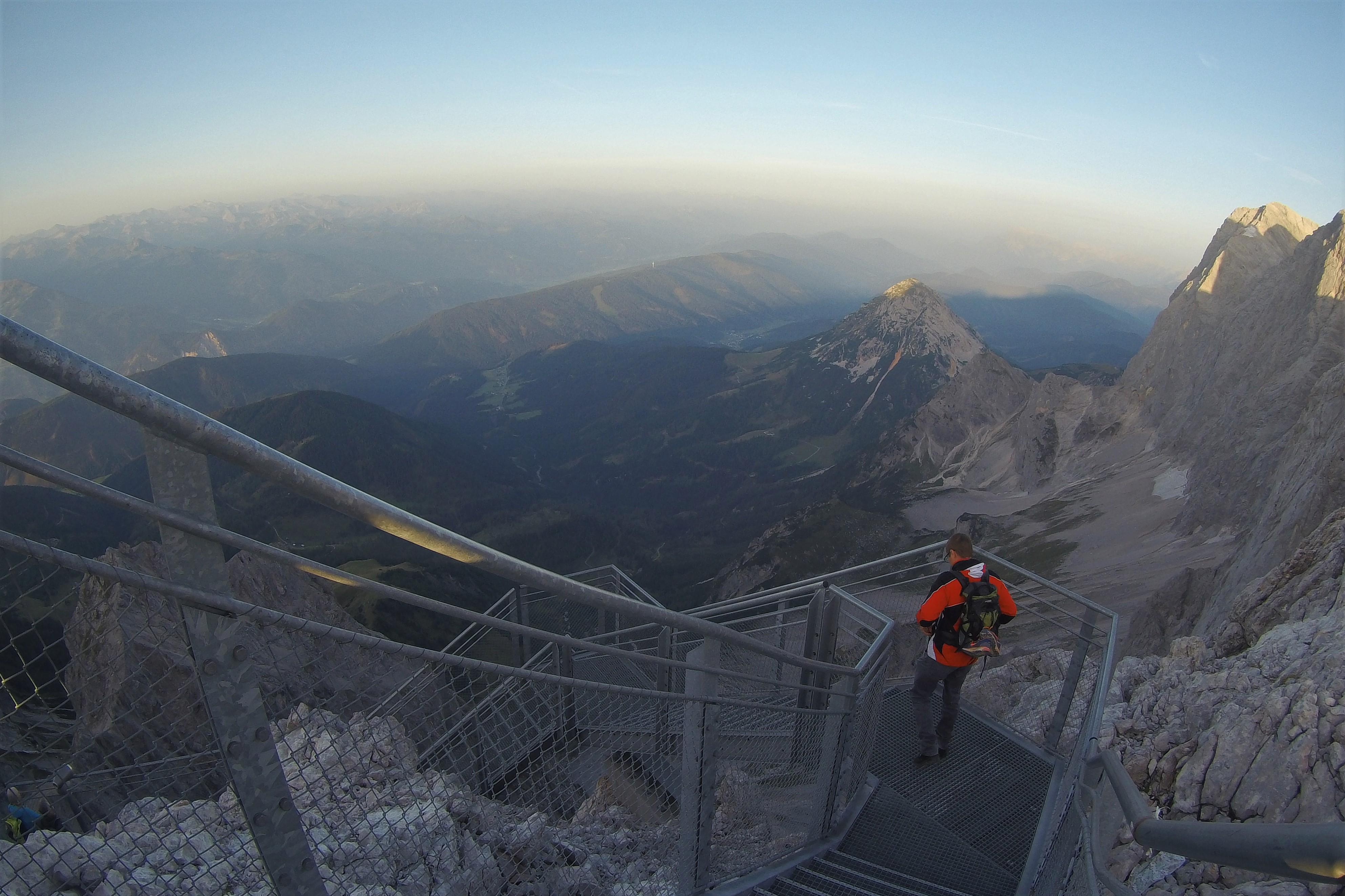 Treppe ins Nichts Dachstein Gletscher