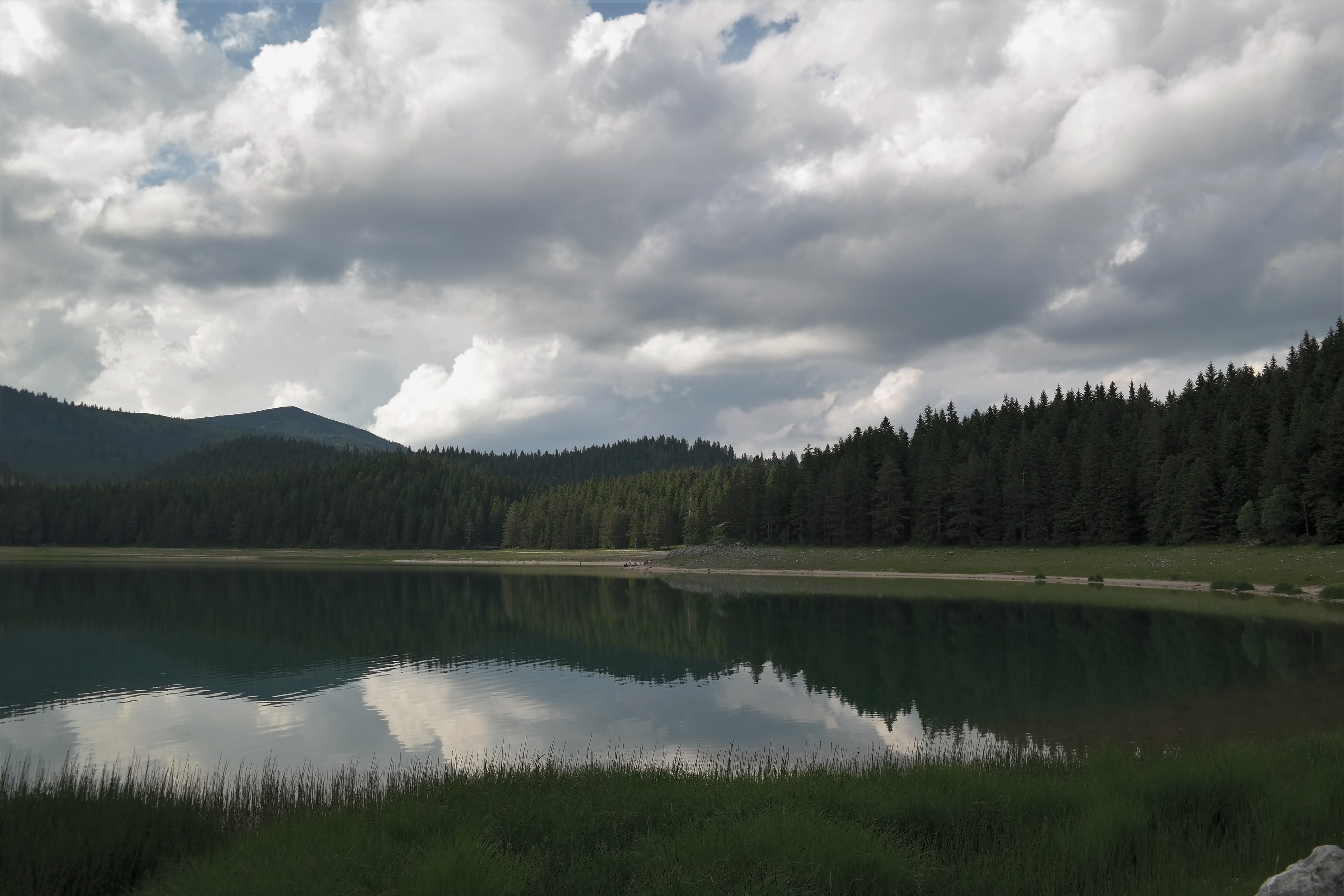Wanderung um den Crno Jezero, Schwarzer See Montenegro