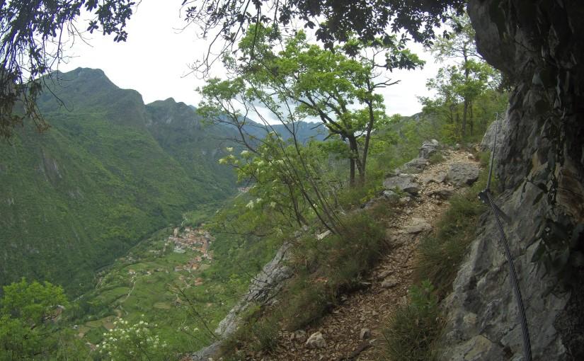 Trentino: Leichter Klettersteig auf den Cima Rocca – Von Kriegsstollen undSchützengräben