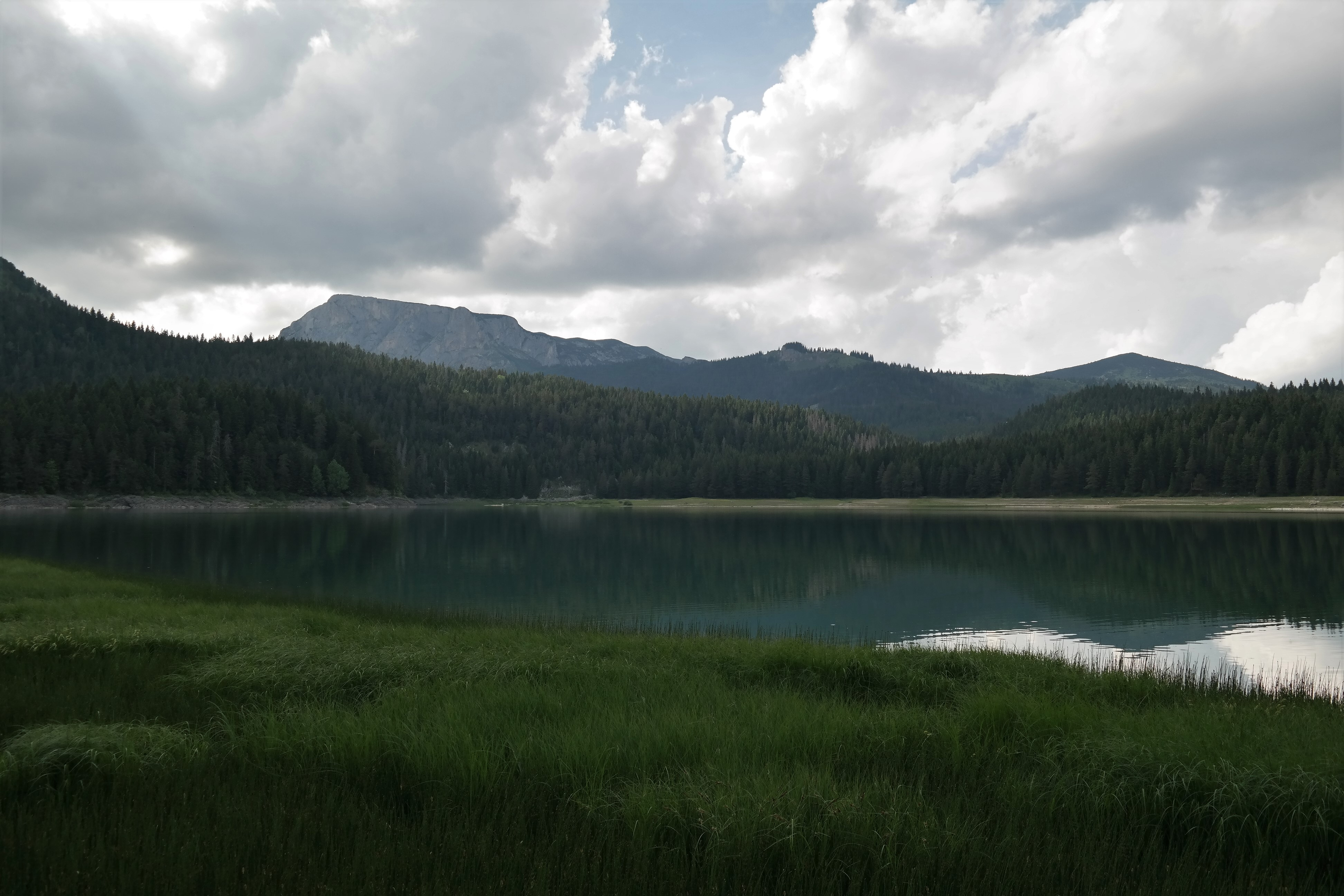 Wanderung um den Crno Jezero in Montenegro