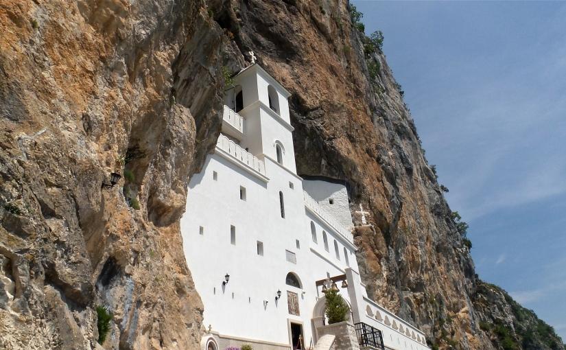 Kloster Ostrog und Krupac See – Von der Küste ins HinterlandMontenegros