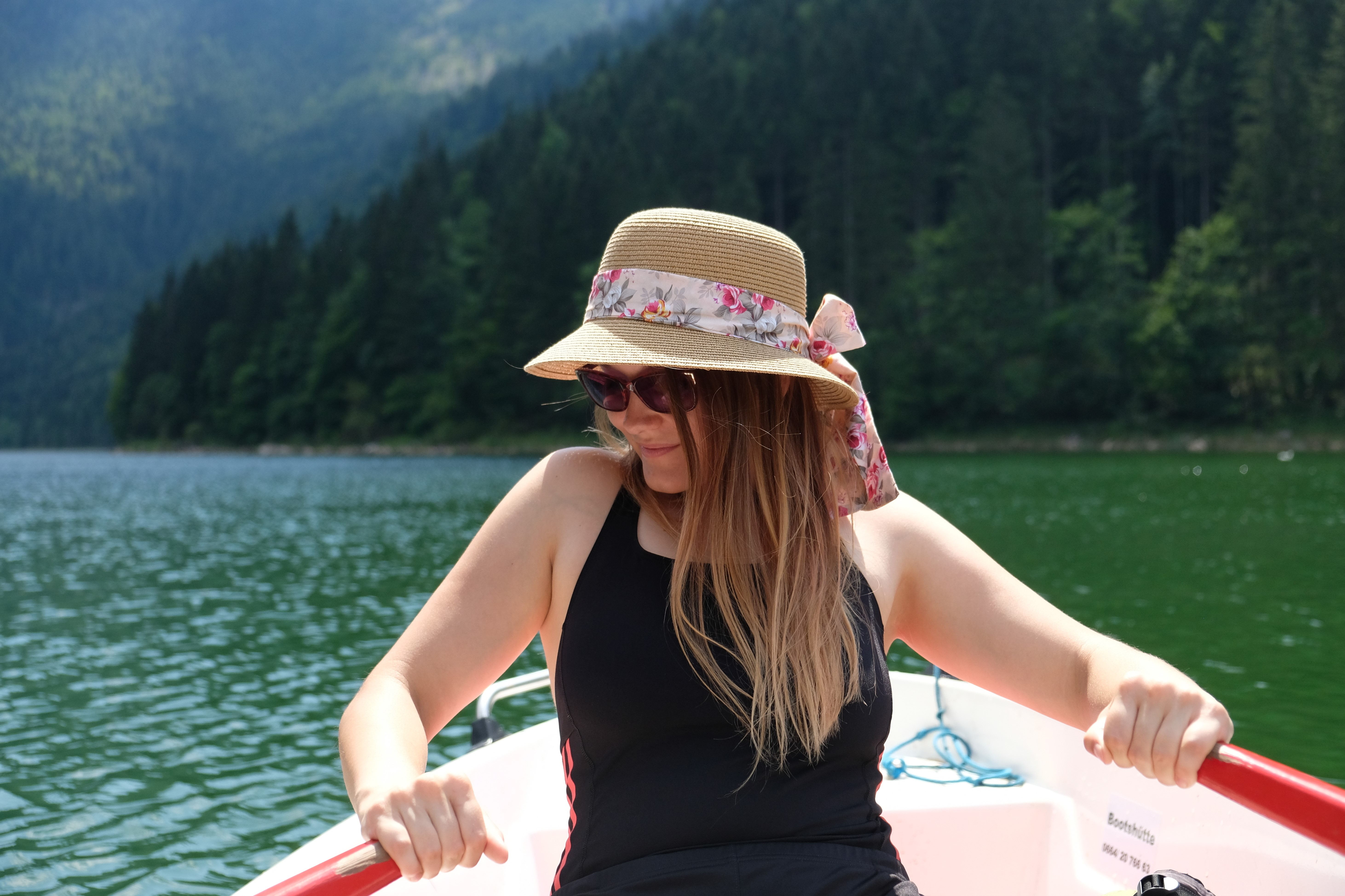 Bootfahren am Salza Stausee mit Hund
